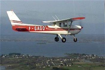 Cessna 150 airborne